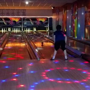Bowling3 500px