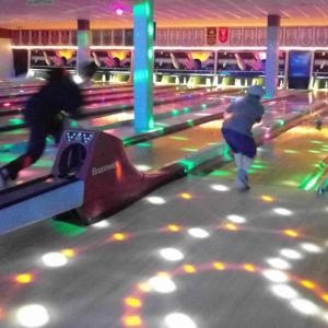 Bowling4 500px
