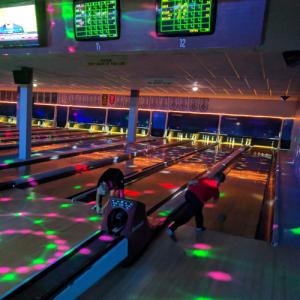 Bowling8 500px